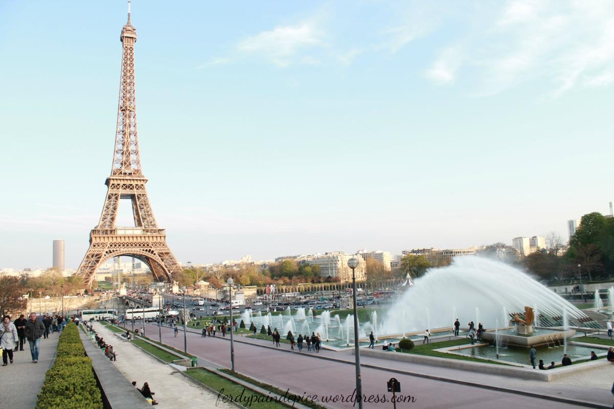 Paris et ses alentours tout en couleur ☼ in Love with La Tour Eiffel moi mouhahahaha...