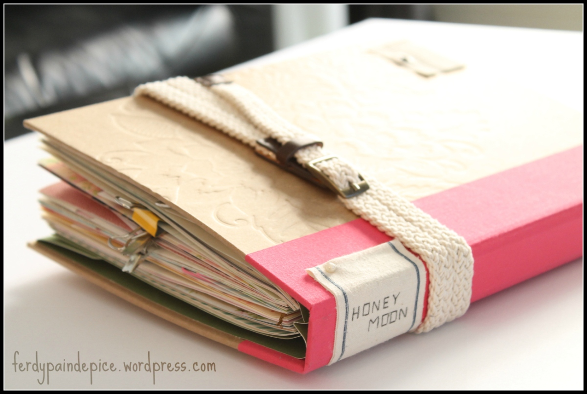 Un Carnet de Voyage façon Scrapbook avec un Smashbook, ça donne quoi ?