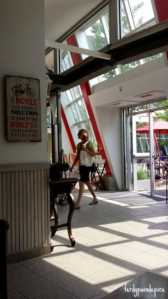 cafe-bicyclette-edmonton